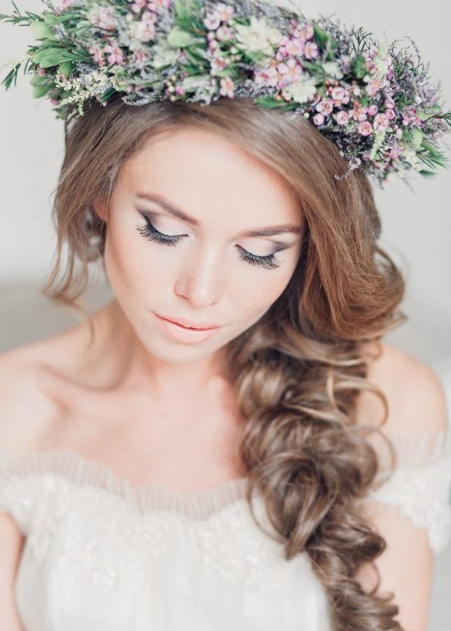 прическа в стиле прованс на свадьбу